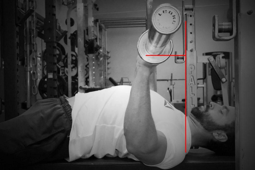 Développé couché : flexion d'épaules difficile | Le guide du développé couché